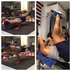 """#CostantinoVitagliano Costantino Vitagliano: Workout... Iscrivetevi al mio canale YouTube ufficiale e troverete tutti gli episodi di """"Amici di Costantino in palestra"""" #workhard #sport #fitness #gym #training #personaltraining #offlimitsmilano #motivation #body"""