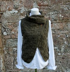 Ravelry: The Loden wrap pattern by Laura Dovile