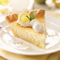 Mom's Lemon Custard Pie Recipe from Taste of Home -- shared by Jeannie Fritson of Kearney, Nebraska Lemon Desserts, Lemon Recipes, Köstliche Desserts, Pie Recipes, Delicious Desserts, Dessert Recipes, Cooking Recipes, Custard Desserts, Plated Desserts