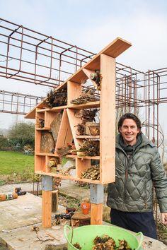 Lodewijk Hoekstra | Praxis. Lodewijk heeft een insectenhotel gemaakt. Erg leuk voor in de tuin.