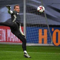 Alemanha perde Neuer e atacante para jogo das Eliminatórias
