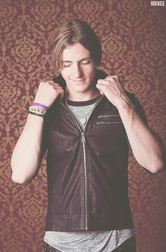 Rocky Lynch♥ facheroooooooooooo