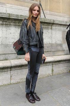 Tilda Lindstam Off Duty Street Style Inspiration Street Style Blog, Looks Street Style, Model Street Style, Street Chic, Paris Fashion, Love Fashion, Fashion Design, Fashion Ideas, Tilda Lindstam