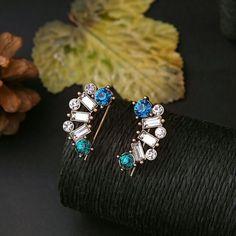 Street Bonton Blue stone studd earrings