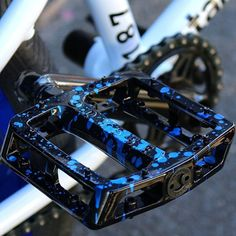 Blue Blood @tommydugan signature @odysseybmx Grandstand pedals on our recent @tall.order 187 custom build. #strictlybuild #strictlycustom #custombmx #grandstandpedals #odysseybmx #tallorderbmx #bmx #bmxbike #bmxshop #bmxstore