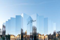 http://blog.bureaubetak.com/post/138443812349/dior-couture-ss16-mirror-set-musee-rodin-paris
