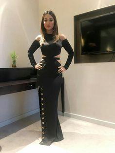 Beautiful so looking Hina Khan Mom 😘👸❤👍