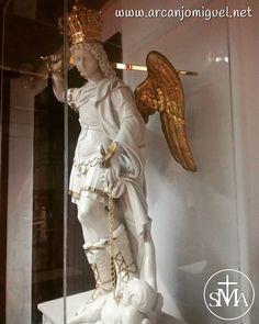 70 S Michele Arcangelo Sul Monte Gargano Ideas Archangels St Michael Archangel Michael