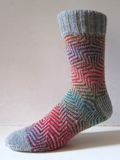 Ravelry: Pucker socks pattern by General Hogbuffer free some lovely sock patterns by the wonderful General on his Ravelry page Crochet Socks, Knitted Slippers, Knitting Socks, Knit Crochet, Knit Socks, Knitted Socks Free Pattern, Easy Knitting, Patterned Socks, How To Purl Knit
