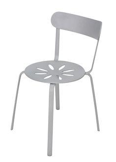 Silla Rodas: ideal para utilizar con mesas de exterior en countries, casas de campo o bien en tu jardín. luminio y resiste todo tipo de usos.