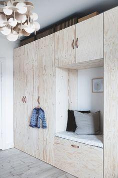 Når man bor fire mennesker på 80 kvm, skal der gode indretningsidéer til | Boligmagasinet.dk