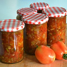 Tomatenchutney – WECKENonline.eu Cooking Jam, Canning Pickles, Yams, Diy Food, Good Food, Food And Drink, Healthy Recipes, Homemade, Ethnic Recipes