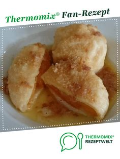 Apricot dumplings from Austria - Essen - Apricot dumplings from Austria by MarinaGuse. A Thermomix ® recipe from the Desserts category www. Healthy Party Snacks, Healthy School Snacks, Healthy Toddler Snacks, Healthy Meals For One, Healthy Snacks For Diabetics, Easy Snacks, Healthy Desserts, Snack Recipes, Snacks Under 100 Calories