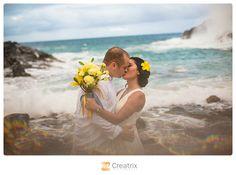 Hawaii Beach Wedding | Creatrix Photography | #beach #hawaii #hawaiibeach #beachwedding