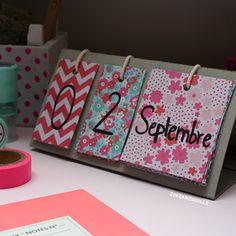 Je participe au concours Hema school ! Voici un calendrier de bureau réalisé avec du papier de chez Hema ! N'hésitez pas à voter pour ma création :) #handmade #handcraft #backtoschool #papercraft