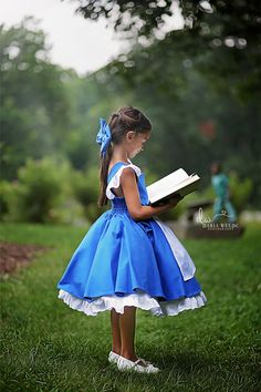 Robes Disney, Disney Costumes, Little Girl Dresses, Blue Dresses, Girls Dresses, Disney Princess Dresses, Disney Dresses, Princess Dress Patterns, Belle Dress Kids