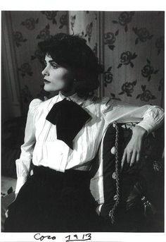 """@HistoryInPics Coco Chanel, 1913 ""كوكو الضعيف"