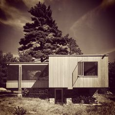 Chamberlain Cottage, Walter Gropius, Marcel Breuer, Wayland, MA (1942) by Ezra Stoller.