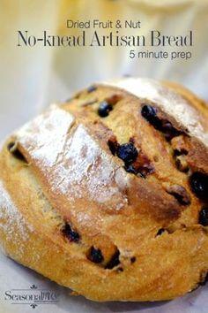 No-knead artisan bread recipe with dried fruit and nuts - 5 minute prep | seasonalmuse.com