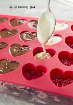 Bisque This! : Gourmet Chocolate Heart Candies – Made At Home! Bisque This! : Gourmet Chocolate Heart Candies – Made At Home! Valentine Desserts, Valentines Baking, Valentine Chocolate, Chocolate Hearts, Valentines Day Treats, Chocolate Gifts, Valentine Food Ideas, Chocolate Shapes, Melting Chocolate