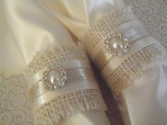 Burlap Napkin Rings for Holiday or Weddng shabby chic