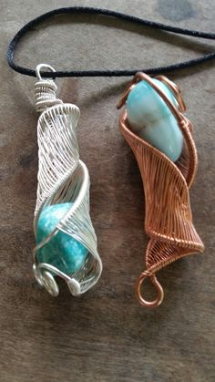 Wire wrapped in copper or silver various stones become elvish Elvish, Wire Jewelry, Wire Wrapping, Stones, Copper, River, Sculpture, Beautiful, Design