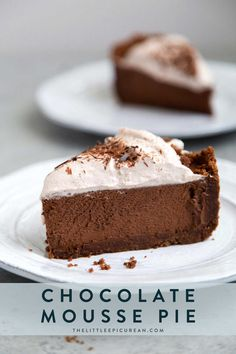 Chocolate Mousse Pie – The Little Epicurean Chocolate Mousse Pie. Chocolate graham cracker crust filled with chocolate mousse and topped with whipped cream and chocolate shavings. Chocolate Mousse Ingredients, Chocolate Mousse Pie, Chocolate Shavings, Chocolate Desserts, Chocolate Mouse Pie Recipe, Pudding Desserts, Dessert Recipes, Hot Chocolate Espresso, Chocolate Chocolate