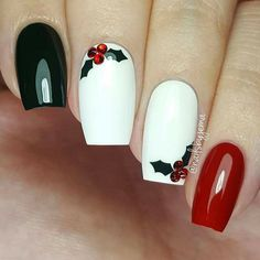 Holly Berries Christmas Nails