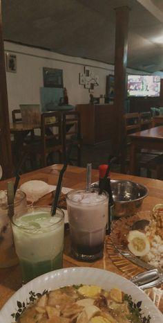 Food To Go, Food N, Food And Drink, Beverages, Drinks, Yummy Food, Breakfast, Aesthetic Photo, Bait