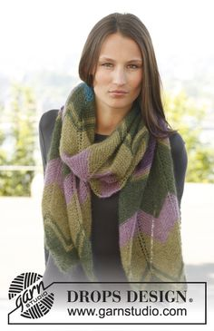 "Free pattern: Knitted DROPS scarf with zigzag pattern in ""Kid-Silk"". ~ DROPS Design"