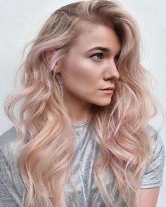 Awesome Rose Blonde Hair Colors and Hairstyles for 2020 Copper Blonde Hair Color, Gold Blonde Hair, Beige Hair, Balayage Hair Blonde, Blonde Highlights, Rose Gold Balayage, Pale Pink Hair, Cheveux Beiges, Blond Rose