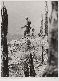 """1972 Pulitzer Prize for Feature Photography """"Lone Soldier, A Shau Valley"""" by David Hume Kennerly, April 27, 1971"""