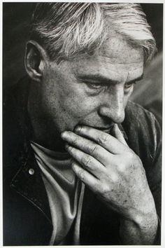 Willem De Kooning (1904-1997) - Dutch-American abstract expressionist artist. Photo © Dan Budnik, NY 196