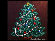 Miranda Pitrone Dot Art Christmas Tree ~Christmas Dot Along Maria Clark~ Candy Bacon Recipe too Dot Art Painting, Rock Painting Designs, Mandala Painting, Painting Patterns, Knife Painting, Christmas Mandala, Christmas Rock, Xmas, Mandala Dots