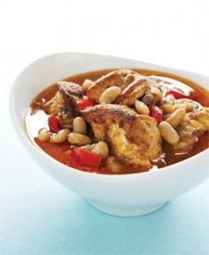 Try making a pot of our Chicken Stew with Smoked Paprika to warm up your belly. This is an easy dinner to prepare and best of all it's free of gluten and all top allergens! Allergy Free Recipes, New Recipes, Crockpot Recipes, Dog Food Recipes, Smoked Paprika Chicken, Soup Kitchen, Heart Healthy Recipes, Food Allergies, Stew