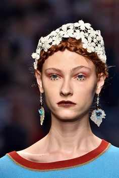 Let a delicate string of woven flowers compliment your braids   Antonio Marras Spring 2016