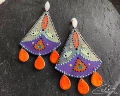 Freue mich, euch diesen Artikel aus meinem Shop bei #etsy vorzustellen: Handgefertigte wunderschöne Chandelier Ohrringe im orientalischen Stil in grün,orange und lila, fächerförmige Ohrringe #ohrringe #orange #statementschmuck Artisan Jewelry, Christmas Ornaments, Holiday Decor, Etsy, Lilac, Boho Earrings, Oriental Style, Schmuck, Stud Earring
