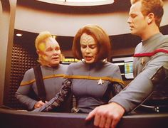 Neelix, B'Elanna and Paris - Star Trek Voyager