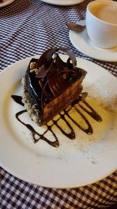 La Catedral Cafe, Pasto: Consulta 80 opiniones sobre La Catedral Cafe con puntuación 4,5 de 5 y clasificado en TripAdvisor N.°1 de 57 restaurantes en Pasto.