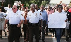 Ferguson: disarming tactics of highway patrol pay dividends as calm descends