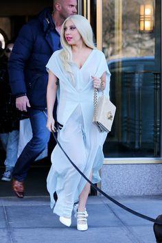 67b0a116ccf4 GaGalerie  Cliquer sur l image pour fermer cette vue. Lady Gaga FashionHer  ...