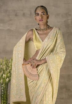 Indian Bridal Outfits, Indian Designer Outfits, Indian Dresses, Indian Designers, Indian Clothes, Sabyasachi Sarees, Ethnic Sarees, Indian Attire, Indian Wear