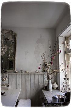 Meas Vintage, Provence, Bone Color, Desert Homes, Rustic White, White Decor, Primitive, Mirror, Html