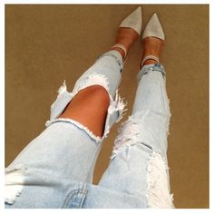 divasnights:  wk-nd:  just bought these jeans!!!!!!!  x  www.jewelryhairandco.tumblr.com♥