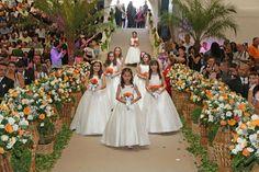 JORNAL O RESUMO: Casamento comunitário vai oficializar união de tri...