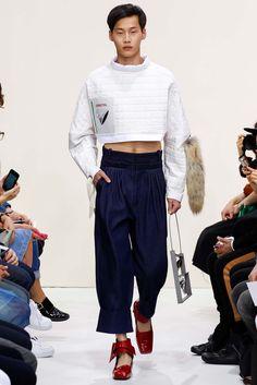J.W. Anderson - Spring 2016 Menswear - Look 29 of 35