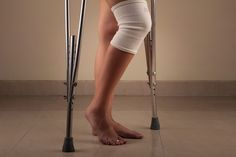 How to Straighten a Leg Easier After a Total Knee Replacement
