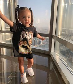 baby girl fashion Little cutie Rocking her outfit - This Little Girl, Cute Little Girls Outfits, Kids Outfits Girls, Toddler Girl Outfits, Toddler Girls, Toddler Toys, Baby Toys, Cute Kids Fashion, Little Girl Fashion