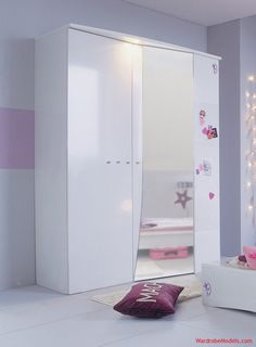Small Bedroom Wardrobe Design Tips   Wardrobe Models