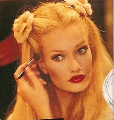Karen Mulder back stage at CHANEL, 1995